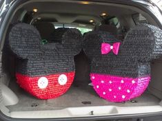 Mickey Mouse Pinata, Minie Mouse Party, Mickey Mouse Decorations, Fiesta Mickey Mouse, Mickey Mouse Clubhouse Birthday, Mickey Mouse Parties, Mickey Party, Disney Parties, Mickey Cakes