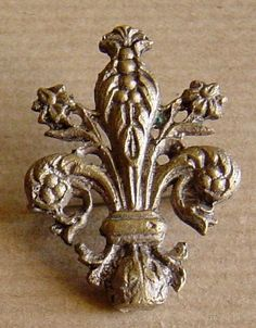 Vintage French Fleur De Lis Brooch Mid Century 1940s Fleur De Lis Pin on Etsy, $21.86 AUD