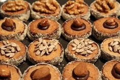 Grandma Kissinger's best cookies in the world - recipes Cupcakes, Cupcake Cookies, Chip Cookies, Xmas Food, Christmas Baking, Easy Cookie Recipes, Sweet Recipes, German Baking, Tasty Bakery