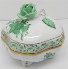 Herend Green Chinese Bouquet Rose Finial Porcelain Trinket Box