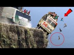Check out the world's 5 most dangerous roads. Powered by: The World Adventures हिन्दी Scary Places, Cool Places To Visit, Funny Videos 2017, Dangerous Roads, London Bus, Try Not To Laugh, Car Crash, What A Wonderful World, Funny Memes