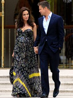 brad pitt angelina jolie on Stylehive. Shop for recommended brad pitt angelina jolie by Stylehive stylish members. Get real-time updates on your favorite brad pitt angelina jolie style. Angelina Jolie Pregnant, Angelina Jolie Style, Brad Pitt And Angelina Jolie, Jolie Pitt, Le Jolie, Pregnant Lady, Maternity Dresses, Maternity Fashion, Maternity Style