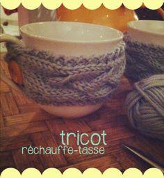 diy tricot * réchauffe-tasse http://www.lovesummer.fr/2014/02/diy-tricot-rechauffe-tasse.html