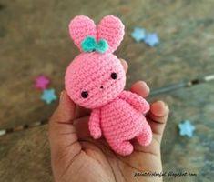 Amigurumi bunny free pattern - A little love everyday! Amigurumi bunny free pattern - A little love everyday! Easter Crochet Patterns, Crochet Bunny Pattern, Crochet Patterns Amigurumi, Amigurumi Doll, Crochet Dolls, Free Crochet, Crochet Cats, Crochet Birds, Crochet Food