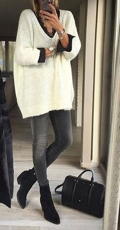 60 Fall Outfits Ideas For Thanksgiving Pull ample blanc / jean skinny – inspiration mode femme Petite taille Trendy Summer Outfits, Casual Winter Outfits, Fall Outfits, Summer Clothes, Winter Dresses, Clothes 2019, Winter Outfits Women, Casual Summer, Stylish Outfits