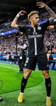 Neymar celebrates a goal for PSG Brazil Football Team, Neymar Football, Best Football Players, Football Boys, Soccer Players, Cr7 Messi, Neymar Psg, Ronaldo Juventus, Neymar Barcelona