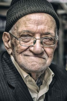 Half Smile by Roberto Pazzi Photography / Human Reference, Photo Reference, Caricature, Old Man Portrait, Old Man Face, Half Smile, Face Study, Old Faces, Elderly Man