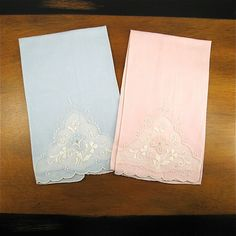 Pair Vintage Fine Linen Embroidered Hand Towels Linen Towels 533c3aac1