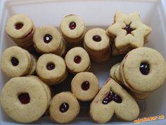 Celozrnné špaldové linecké Holiday Cookies, Diy And Crafts, Cakes, Christmas, Food, Cookies, Diet, Natal, Xmas