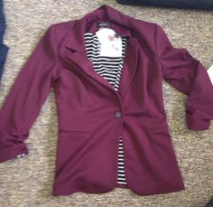 Another November Stitch Fix Review// Love the color of this blazer.