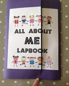 The swish family robertson - all about me lapbook with links to free printables! Brilliant for kids of all ages. Writing Practice, Teaching Writing, Teaching Ideas, All About Me Booklet, All About Me Project, Mini Books, Lap Books, Five In A Row, Kids Poems