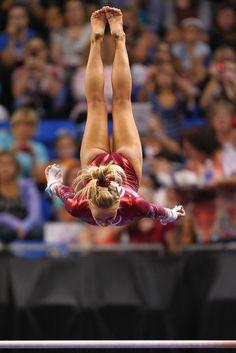 Nastia Liukin gymnasts-my-life-my-love Amazing Gymnastics, Gymnastics Photography, Gymnastics Pictures, Sport Gymnastics, Artistic Gymnastics, Olympic Gymnastics, Olympic Sports, Sport Photography, Rhythmic Gymnastics