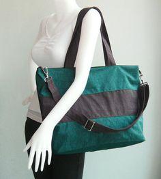 Verkauf wasserdicht Sporttasche in Dark Teal von tippythai