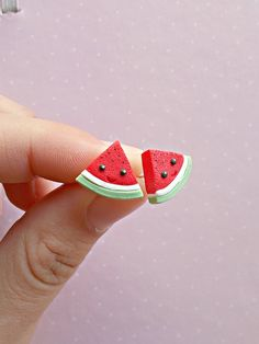 Watermelon Earring Studs Post Watermelon Jewelry Watermelon Accessories Fruit Earring Fruit Studs Fruit Jewelry Watermelon Gift Summer Polymer clay watermelon earrings without using molds. The length of each earring is cm. Polymer Clay Kawaii, Polymer Clay Charms, Polymer Clay Earrings, Diy Clay, Clay Crafts, Crea Fimo, Cute Clay, Clay Miniatures, Clay Creations