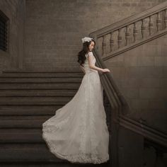 Great image from @susuimage Huang Susu. Shot in Barcelona with the Phottix Mitros+. #weddingphotography #prewedding