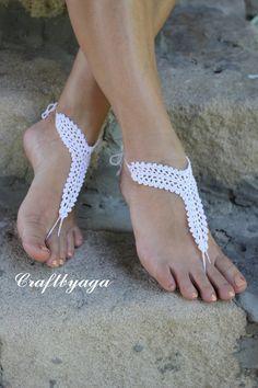 Pies descalzos sandalias boda invitarzapatos por craftbyaga en Etsy