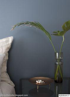 asetelma,yksityiskohtia,viherkasvit sisustuksessa,makuuhuoneen sisustus