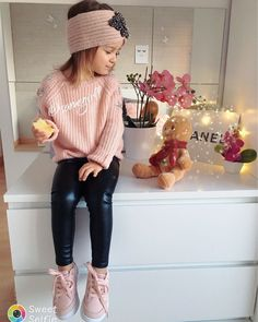 You are in the right place about tween fashion plus size Here we offer you the most beautiful pictur Outfits Niños, Twin Outfits, Kids Outfits Girls, Little Girl Outfits, Cute Girl Outfits, Cute Outfits For Kids, Little Girl Fashion, Toddler Girl Outfits, Trendy Toddler Girl Clothes