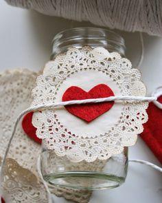 Cereja de Pano: Vidro, papel e feltro: decoração rápida para o dia dos namorados