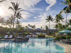 Staying at the Fairmont Orchid resort, Hawaii - Forever Lost In Travel - Orchideen Volcano National Park, National Parks, Fairmont Orchid, Waterfall Features, States In America, Big Island Hawaii, Hawaiian Islands, Road Trip Usa, Island Life