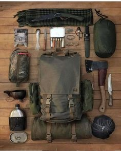 Top bushcraft tips that all wilderness lovers will most likely desire to master right now. This is most important for bushcraft survival and will certainly spare your life. Bushcraft Camping, Bushcraft Kit, Bushcraft Backpack, Camping Diy, Bushcraft Skills, Camping Survival, Outdoor Survival, Camping Gear, Survival Backpack