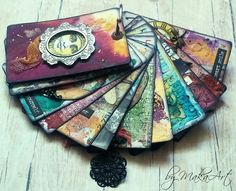 My mini book from altered playing cards... My journey through the Scrapbookworld...: *Good thinks come in small packages...*