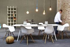 vitra - DAW, DSW || HAY - Loop Stand Table || muuto - e27 || Nils Holger Moormann - FNP