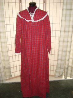 new wot lanz of salzburg sz m womenu0027s red plaid flannel nightgown eyelet lace - Flannel Nightgowns