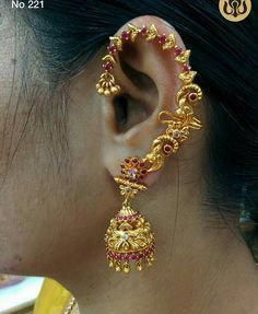Lovely jumkhis with white and pink color stones. Gold Jhumka Earrings, Jewelry Design Earrings, Gold Earrings Designs, Ear Jewelry, Bridal Earrings, Wedding Jewelry, Gold Jewelry, Jewelery, Jewelry Accessories