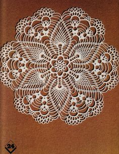 Magic Crochet nº 05 - leila tkd - Picasa Web Albums Free Crochet Doily Patterns, Crochet Mandala, Crochet Chart, Thread Crochet, Filet Crochet, Crochet Motif, Free Pattern, Cotton Crochet, Crochet Round