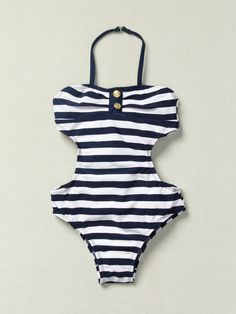 Pinterest: @MagicMatriarch #daughtersstyle #swimsuit #girlsclothing #socute