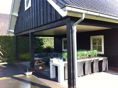 Houten schuur, b&b met veranda door Wood & Style Houtbouw