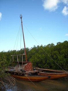 Sur les traces de Cook: Méryémana, une réplique grandeur nature d'une ancienne pirogue Ndrua