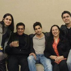 Sidharth Malhotra invited his brother for the trailer launch of Brothers, brothers movie, brother, sidharth malhotra, sidharth malhotra family, sidharth malhotra movies #SidharthMalhotra #Brothers #BrothersTrailer
