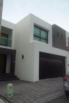 Excelente propiedad casa en muy buenas condiciones.Con 3,recamarasSala de tvBigarage3.5 bañosEl plus es que se se deja con cierto menaje. último precio $2750,000Citas:2299069719