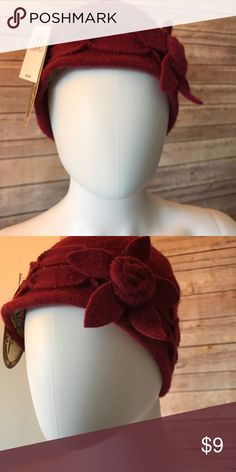 Flapper Flower Felt Hat Brand new! Fast shipping! =) Accessories Hats