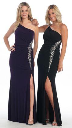 bridemaids are purple dress on left