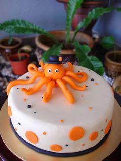 octopus cake Birthday Cake With Photo, 30 Birthday Cake, Birthday Ideas, Cupcake Icing, Cupcake Cakes, Cupcakes, Octopus Cake, Hail Hydra, Sea Cakes