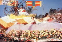 1954.  The Queen's Float -Tournament of Roses Parade