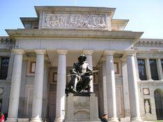 Touristic Attraction, Madrid, Spain, Prado Museum outside statue