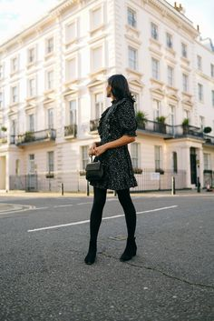 While floral prints go hand in hand with the spring and summer seasons, I believe this everlasting trend can be worn year-round. All Black Looks, Erdem, Dark Backgrounds, Winter Months, Little Dresses, Floral Blouse, Old Women, Frocks, Ball Gowns