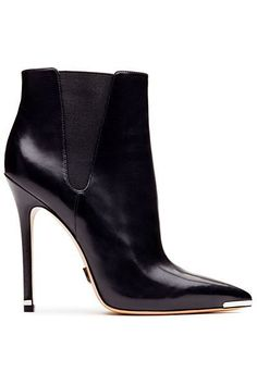 Michael Kors - Accessories - 2013 Pre-Fall Must buy theses! High Heel Boots, Heeled Boots, Bootie Boots, High Heels, Ankle Boots, Stilettos, Mode Shoes, Women's Shoes, Fall Shoes