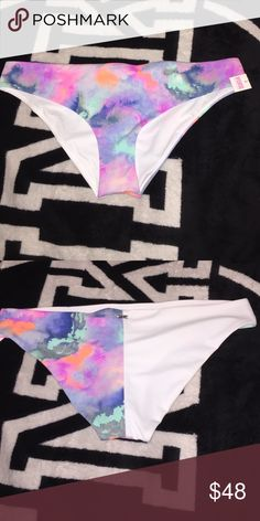 NWT VS PINK PASTEL/Marble watercolor swim bottoms NWT And never worn  Suupppper cute just a tad too big for me! MY ISO IS THIS OR ANOTHER ONE IN THIS COLOR IN A SMALL!   Size medium  Super rare and HTF color  Hard to let go! PINK Victoria's Secret Swim Bikinis