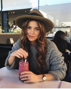Shopping Cidade do Porto - Fall & Winter Outfits - Kristin Cavallari, Fall Winter Outfits, Autumn Winter Fashion, Look Fashion, Fashion Beauty, Behind Blue Eyes, Negin Mirsalehi, How To Pose, Looks Style
