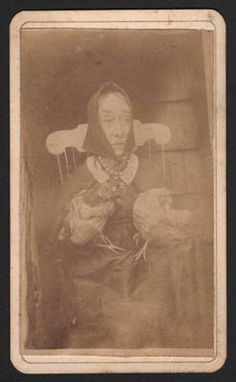 Portrait of Nancy Luce, the Chicken Lady of Martha's Vineyard, Carte de Visite Photograph, c. Great Photos, Old Photos, Pictorial Maps, Chicken Lady, In Another Life, People Of Interest, Weird And Wonderful, Antique Prints, Macabre