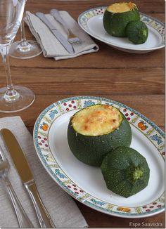 Receta de Calabacines rellenos de pollo y queso por Espe Saavedra