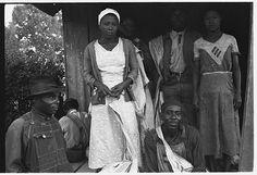 1935. Arkansas cotton pickers by Ben Shahn