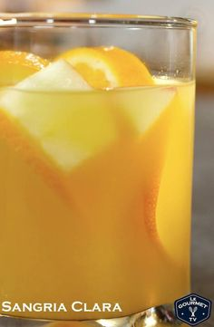 This is a simple and tasty white sangria - no added alcohol to mask a bad wine so make sure you choose a wine you would drink on it's own! Cooking Videos, Food Videos, Cocktail Videos, White Sangria, Sangria Recipes, Orange Slices, Alcohol Recipes, Mixed Drinks, Vegan Gluten Free