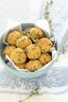 Crocchette di patate al forno con ricotta e fagiolini