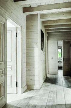 New Ideas Wood House Design Cottages French Country Wood House Design, Cabin Interior Design, Country Interior, Farmhouse Interior, Interior Decorating, Cottage Decorating, Cabin Interiors, Country Style Homes, Wooden House